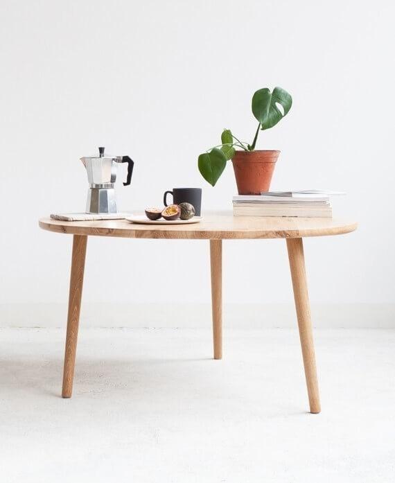 Stolik kawowy OVAL wykonany w całości z drewna dębowego